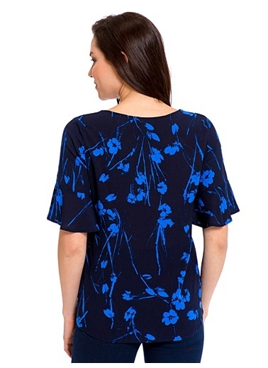 LC Waikiki V Yaka Kolları Volanlı Bluz Lacivert